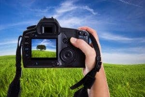 Exposure brightness of DSLR camera LCD