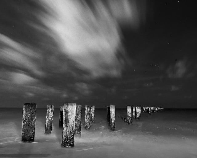 Black And White Photography Tips - Dramainskies