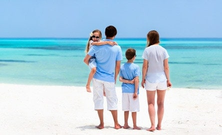 Choosing two colors (like in this photo) works well when the whole family doesn't all have the same color to wear.