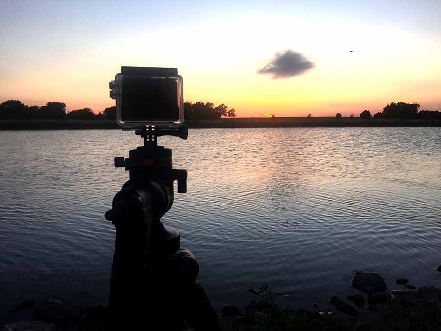 Shooting a time lapse with the Adventure Cam 10 while mounted on my tripod