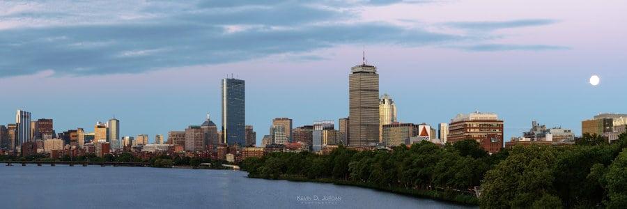 The Boston skyline from the Boston University Bridge during moon rise (© Kevin D. Jordan Photography)