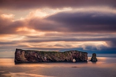 A photo of the pierced rock in Percé, QC.