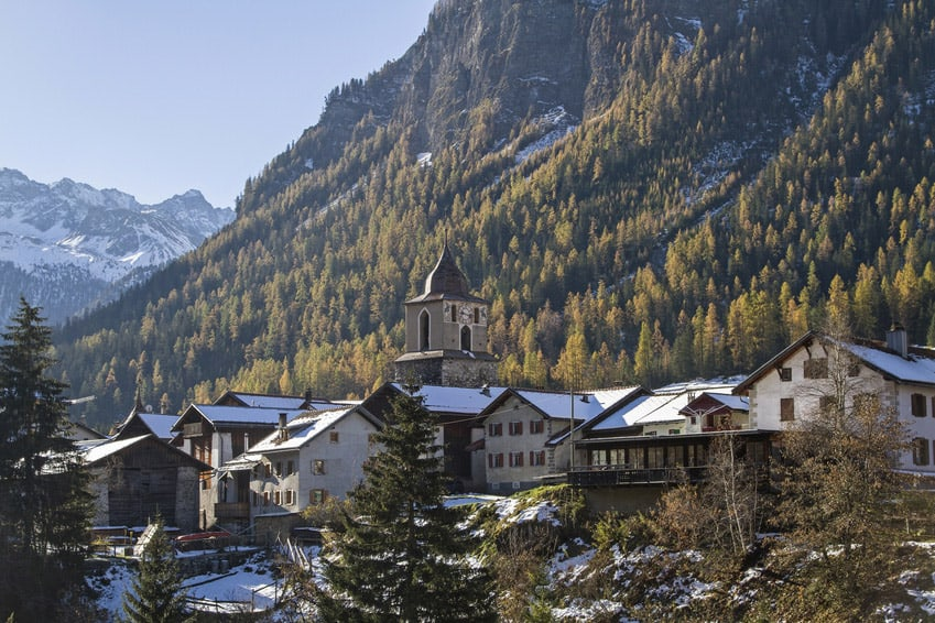 This Swiss Village Banned Landscape Photography Because It's Too Beautiful