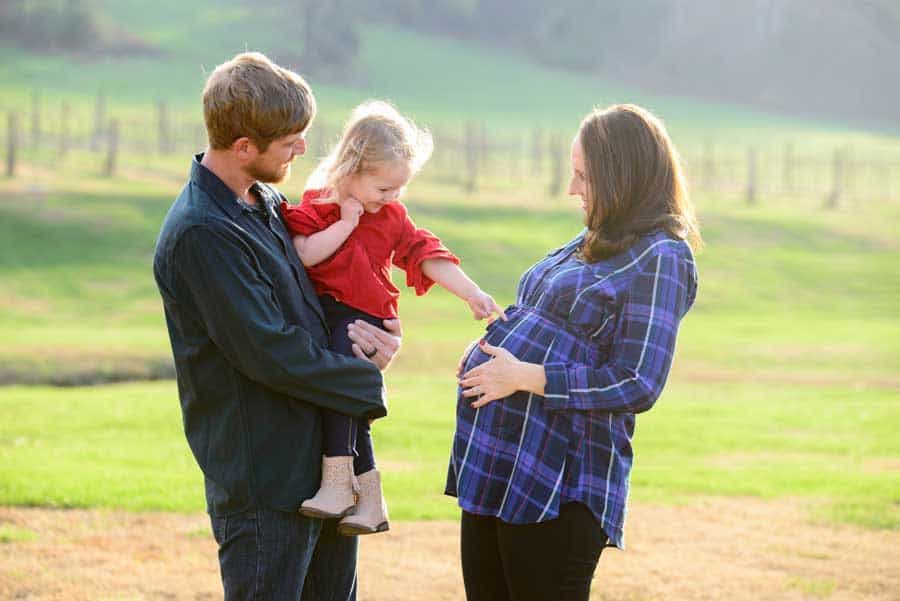 Free Family Photo Sessions to Build Relationships