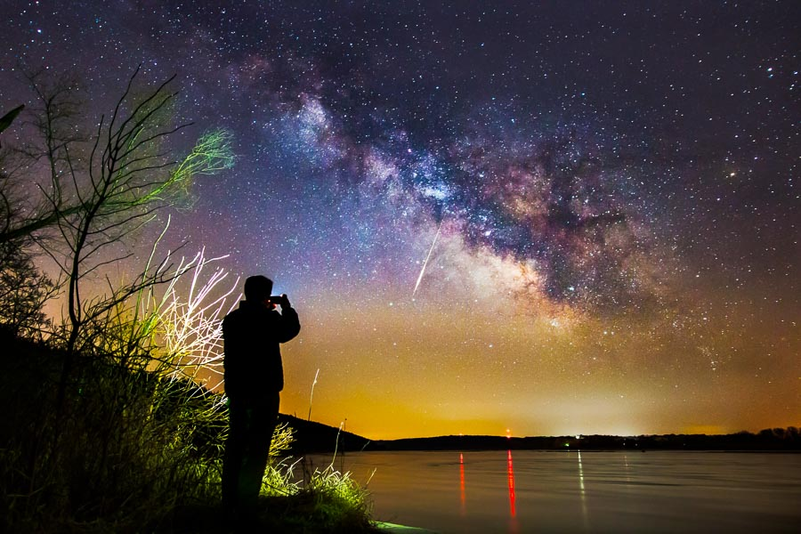 how to photograph shooting stars improve photography