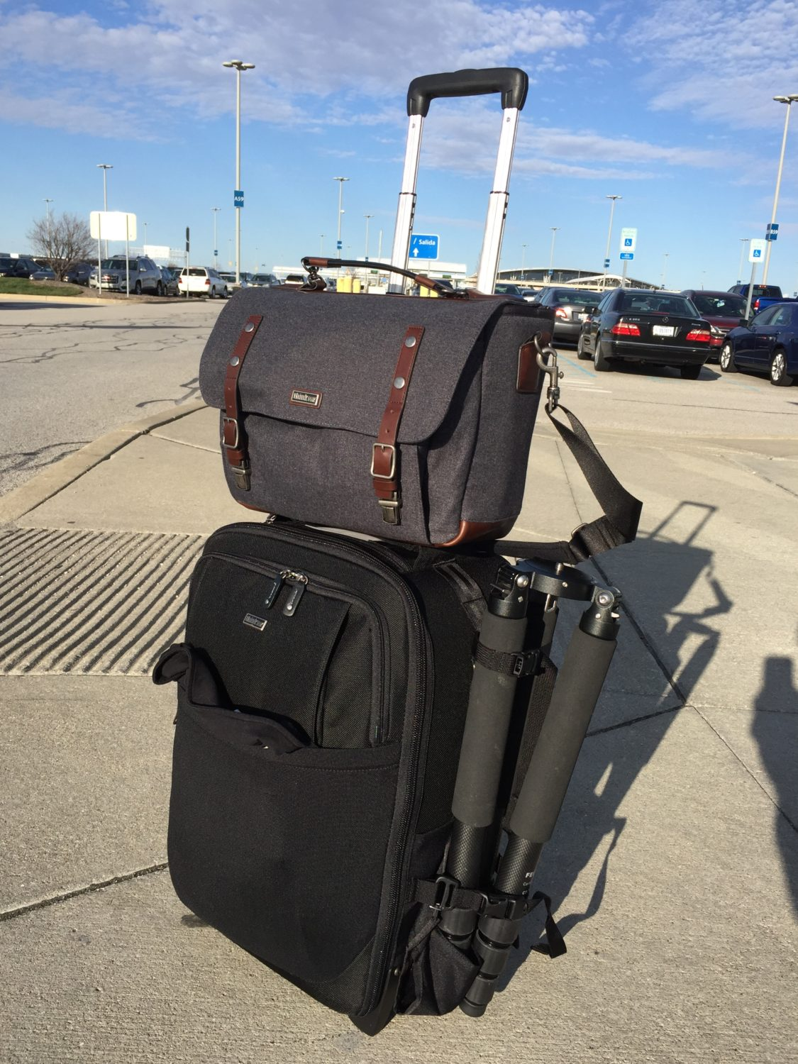 THINK TANK - AIRPORT TAKEOFF V2.0 Bag Review - Improve Photography