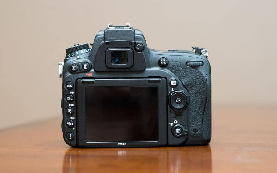 Nikon button layout